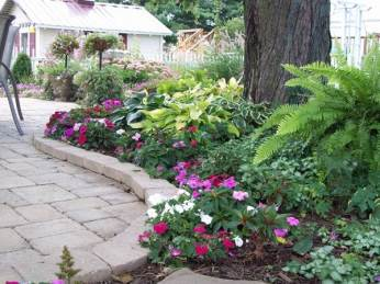 Metzger Shade Garden